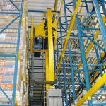 lagertechnik-automatischeregalanlagen-automatischarbeitendesregalbediengeratimhochregal